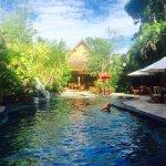 Photo de Hotel Puri Cendana
