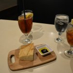 Fresh Bread with Olive Balsamic Vinegar Dip and Tropical Tea