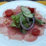 Carpaccio de thon rouge au gingembre et citron confit