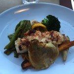 Dos de cabillaud rôti au four Piment d'Espellette, sel de Guérande et ses légumes confits