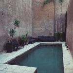 Villa Makassar / courtyard pool
