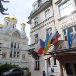 """Hotel samt der russischen Kirche """"nebenan""""...:)"""