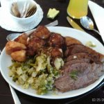 Beef, mash/gravy, roasties and cabbage(my plate)