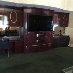 Suite 528 Entertainment