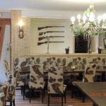 Le salon des chasseurs avec mobilier e camoufflage