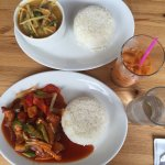 Vegetable red curry, Sweet & Sour chicken, Thai tea