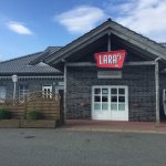 Lara's American Restaurant