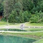 le bout du lac et le petit espace aménagé