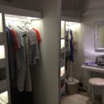 Wardrobe/shower room