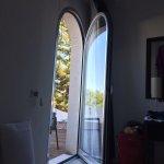 La porta finestra di comunicazione camera/solarium