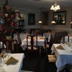 Dining room and the Bedrock Lounge. Live music every Friday evening !