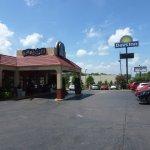 Days Inn Memphis at Graceland Picture