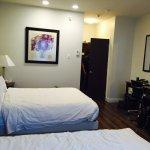 Photo of Kelowna Inn & Suites