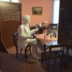 Statues inside each room of Twain's home reflected one of his quotes.