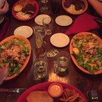 Photo de Hula's Island Grill