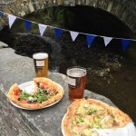 Amazing pizza served today at the Little Petherick Food & Drink Festival. Excellent service, fri