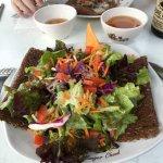 Galette la galoubet avec salade de saison !