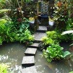 Un petit temple dans le jardin