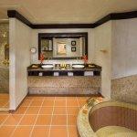 Beit Al Bahar Two Bedroom Royal Villa