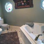 Willow Suite bathroom