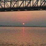 tramonto sul fiume ayeyarwady