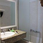 Photo de Poseidon Hotel - Suites