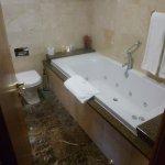 The Castlecourt Hotel Foto