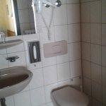 Bad und Toilette sauber und ordentlich