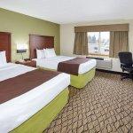 Photo de AmericInn Hotel & Suites Sheboygan