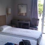 Photo de Karystion Hotel