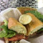 Foto van Rae's Gourmet Sandwich Shoppe
