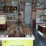 Boulangerie22 Madison Galleries interior