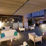 Terrace Bar BLUE MOON