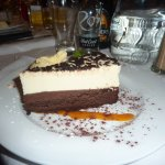 brownie cheesecake yumm