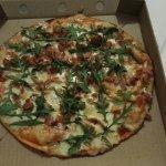 Amazing pizza & super fast service.