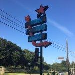 Takoba street sign