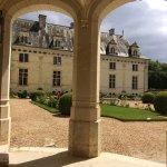 Un très beau château encore bien conservé, et une visite de l'ancien château sous terre assez or