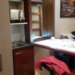 Foto de Plaza Suites Apartments