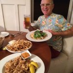 Calamari, truffle fries, chicken pasta Alfredo and a Hawaiian beer. So delicious!