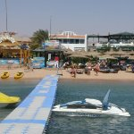 حمام السباحه والشاطئ روعه