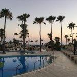 Foto di Adams Beach Hotel
