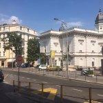 Hotels gegenüber vom Hotel Astoria (Frontansicht)