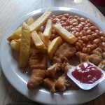 kid's menu. Nuggets, Chips and beans
