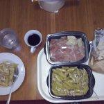 πέννες με κοτόπουλο/μανιτάρια και από τα ορεκτικά προσούτο με παρμεζάνα σε take away