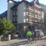 Photo de Hotel Le Montaigu