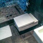 Selbst das Design der Toilette ist sehr ansprechend