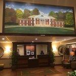 Photo de Hampton Inn and Suites Charlottesville - At The University