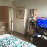 Prince Arthur Hotel - Suite Bedroom