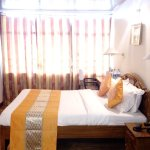 Deluxe room (Kanchenjunga view)