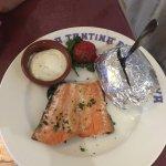 Sole, Merlu a l'Espagnole pour 2 et le saumon du menu enfant...